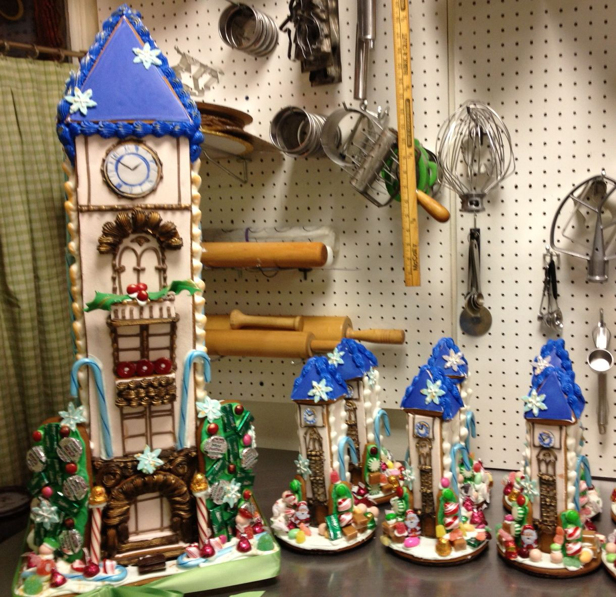 Artist Baker Tower_Gingerbread